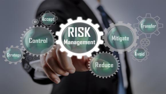 ניהול סיכונים ובטיחות הטיפול למתקדמים